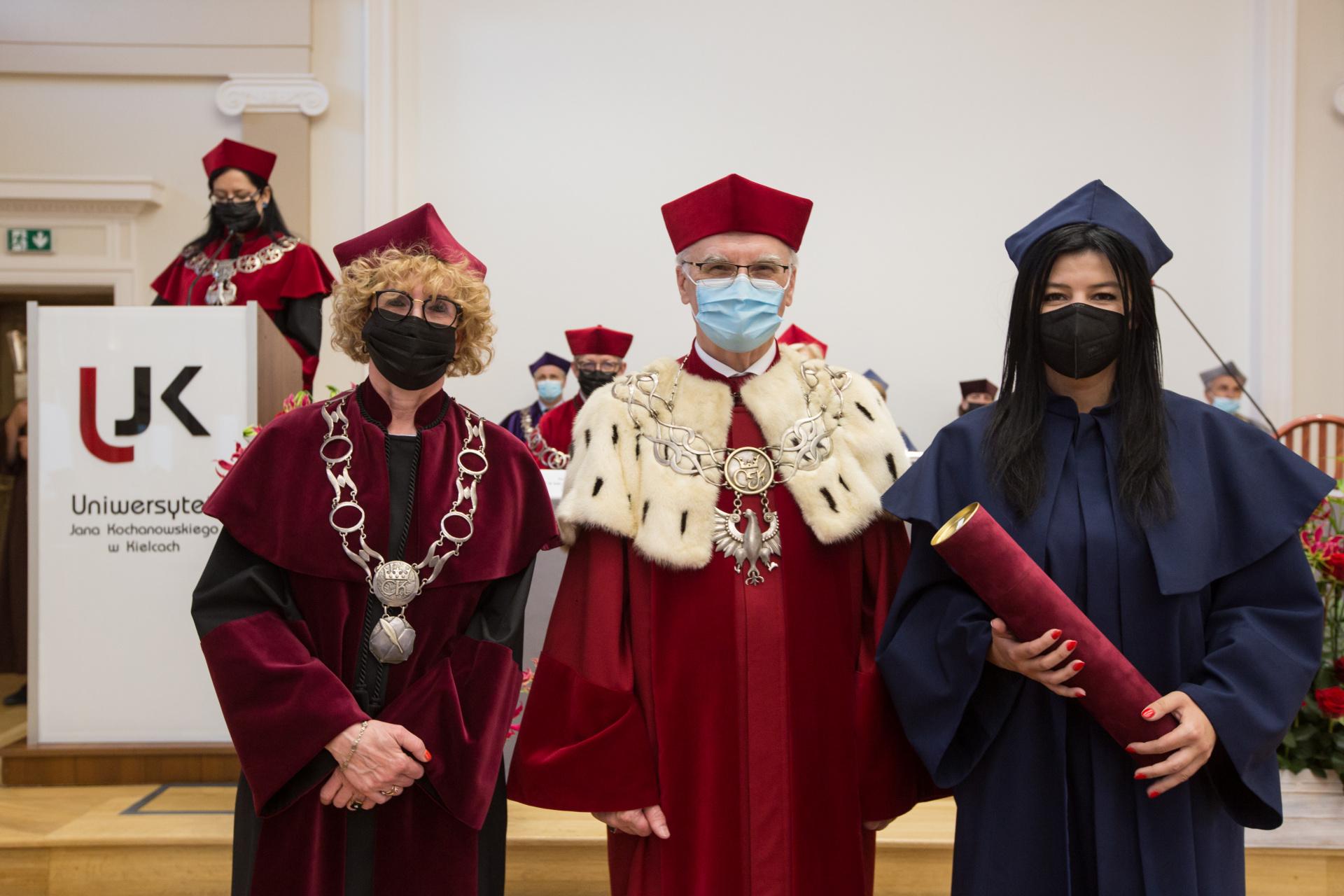 JM Rektor wręcza Nominacje doktorskie